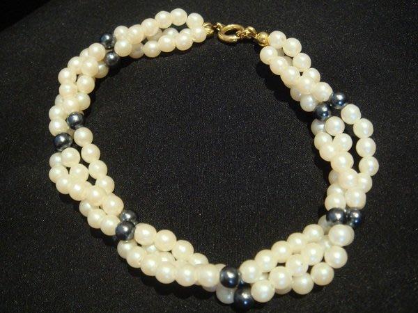 美國帶回,全新未戴過的仿珍珠手鍊,很可愛喔!低價起標無底價!本商品免運費!
