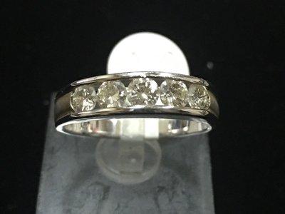 (台中市全勝當舖) 天然鑽石排鑽女戒 共1.01克拉 白K金 20分x5顆