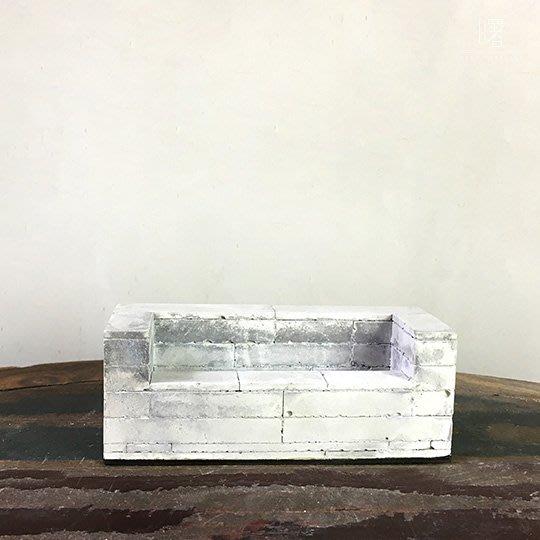 【曙muse】工業風水泥質感名片架 水泥磚置物架 擺飾  Loft 工業風 咖啡廳 民宿 餐廳 住家 設計