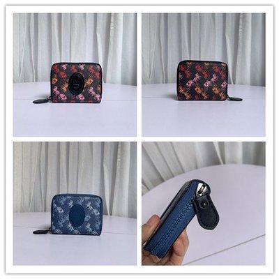 【八妹精品】COACH 89375 新款女士Selena短夾 馬車印花圖案拉鏈錢夾 零錢包錢包 皮夾