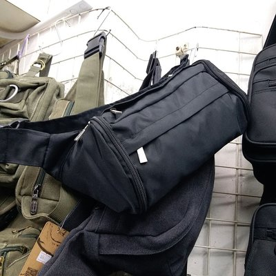 2287 Hayrer 尼龍腰包 2way Pocket Body Bag 胸口包 男女合用 出外旅遊必備