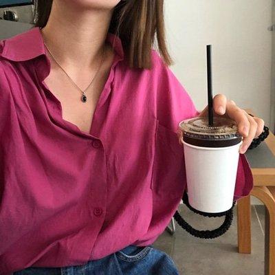 寬鬆休閒排釦女裝上衣 隨性慵懒風單口袋襯衫 艾爾莎【TAE6839】