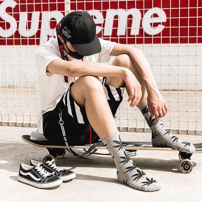襪子—楓葉襪子男女長襪潮牌街頭歐美嘻哈潮襪滑板籃球襪ins麻葉中筒襪