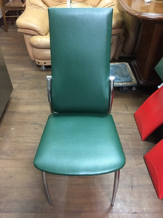 城市二手家具*大地綠色造型皮革餐椅*-洽談椅-接待椅-麻將椅-辦公椅-電腦椅-休閒椅-美甲椅-工業風-皮革椅-等候椅