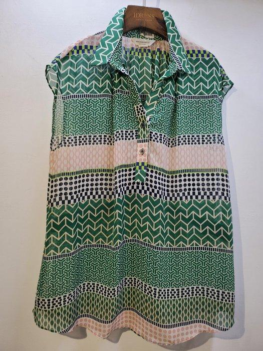 韓國 幾何圖雪紡衫 領2釦半袖 都會率性時尚休閒款~下單請註明選購顏色【衣荳小舖】連線超低價