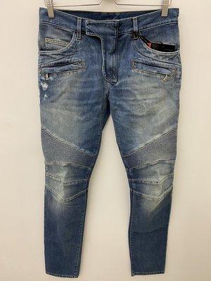 [ 義 品 苑 ] 全新真品 BALMAIN 淺藍 刷紋 破壞 招牌皺褶 牛仔褲 刷卡分期零利率