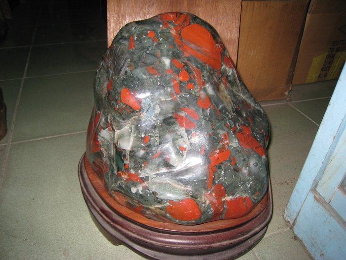 一點紅(墨西哥玉石),長31公分寬25.5公分重26公斤