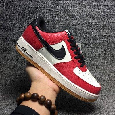NIKE AIR FORCE 1 白紅黑色 荔枝紋 男女生休閒運動鞋 滑板鞋 820266-600