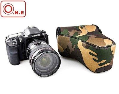 又敗家O.N.E叢林迷彩相機包OC-MC1中(質料A+,防潑水防震包防刮包)相機內袋單眼相機內膽包相機內包相機套相機袋相機軟包相機保護袋微單眼相機包輕單眼相機包