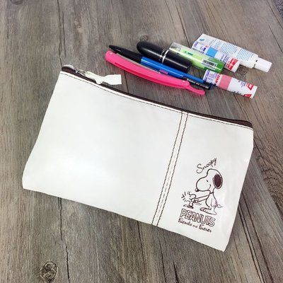【Q包小屋】日雜誌附錄 史努比 白色 有內標籤 PU皮 防水 零錢包 化妝包 手拎包 衛生棉包