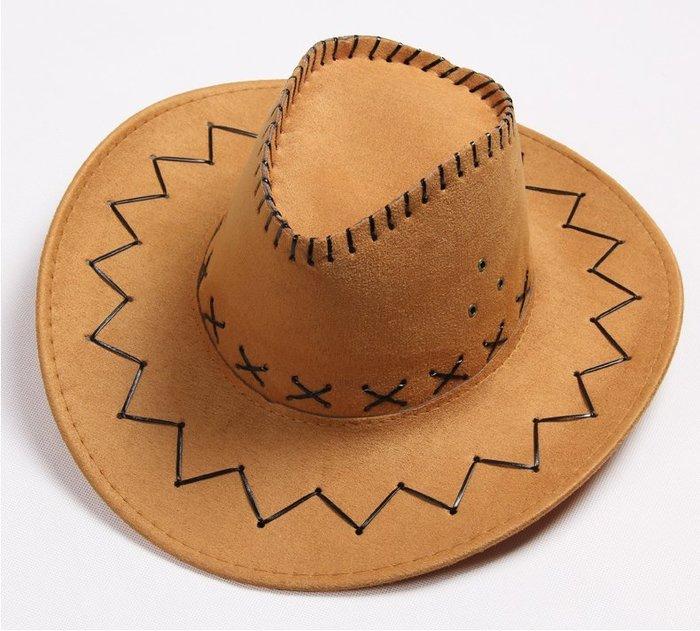 【二鹿帽飾】仿麂皮 皮繩滾邊 舞台表演 牛仔帽/ 西部牛仔帽/ 狩獵帽/表演帽/國小以上表演專用帽-土黃色