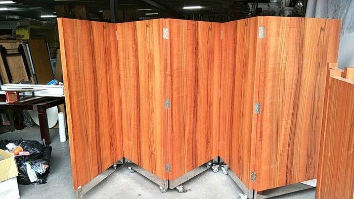 二手家具全省估價(大台北冠均 五股店)二手貨中心--訂製款設計木製屏風 餐廳隔屏 隔間屏風(有輪可推) X-040119