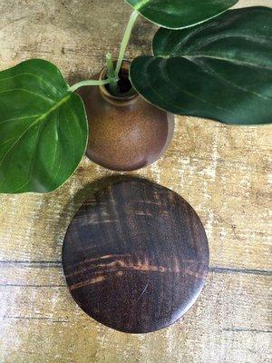 老撾大紅酸枝 老撾料(一套8個) 茶檯 杯墊 檯座 ,獨板,純手工製作,無漆無漆 7152