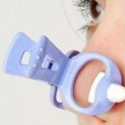 【夜市王】超人氣挺鼻器 隆鼻器 鼻子增高器 第一代鼻樑增高器 19元