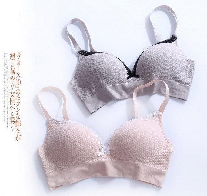 日本單~無鋼圈小花菱形格提花內衣65A~80B罩杯 舒適一片式運動內衣 1201 米蘭風情