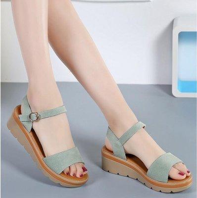日和生活館 涼鞋女夏季新款百搭舒適坡跟厚底中跟夏平跟韓版平底學生真皮女鞋S686
