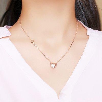 Lissom韓國代購~e 家懶人閨蜜鈦鋼女短款鎖骨鍊愛心韓國鍍玫瑰金網紅項鍊脖子飾品