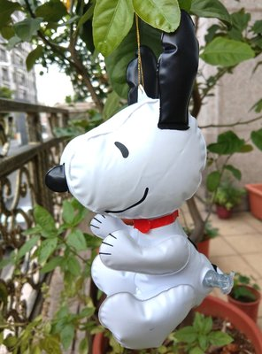 【卡漫迷】 Snoopy 充氣 娃娃 ㊣版 史奴比 史努比 玩偶 佈置 吊飾 吸盤 公仔 吹氣 花生漫畫 擺飾 洗澡玩具