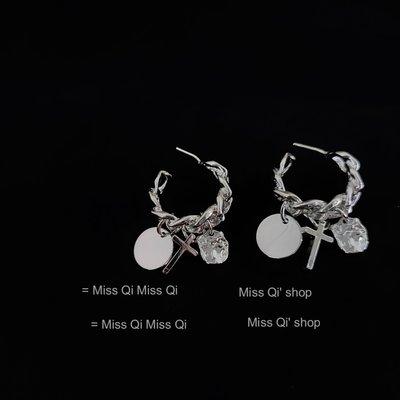 AMGDA光彩~女團款金屬風十字架超slay質感冷淡風itzy同款耳釘耳環 銀針