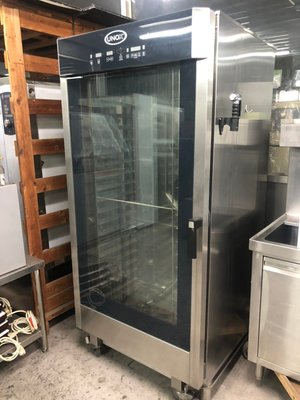 達慶餐飲設備八里二手倉庫 二手設備 UNOX台車型蒸烤箱