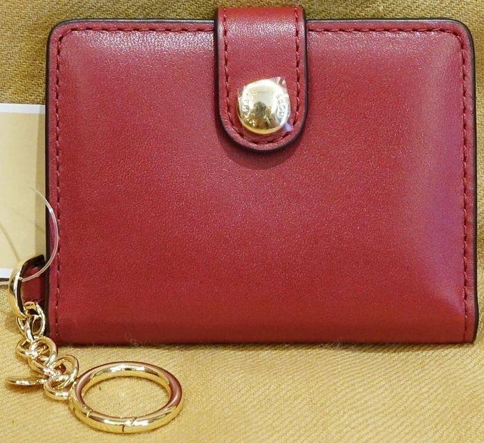 大降價!全新 Michael Kors MK 櫻桃紅色皮革高質感鑰匙圈吊飾,內夾層可裝相片等小物!無底價本商品免運!