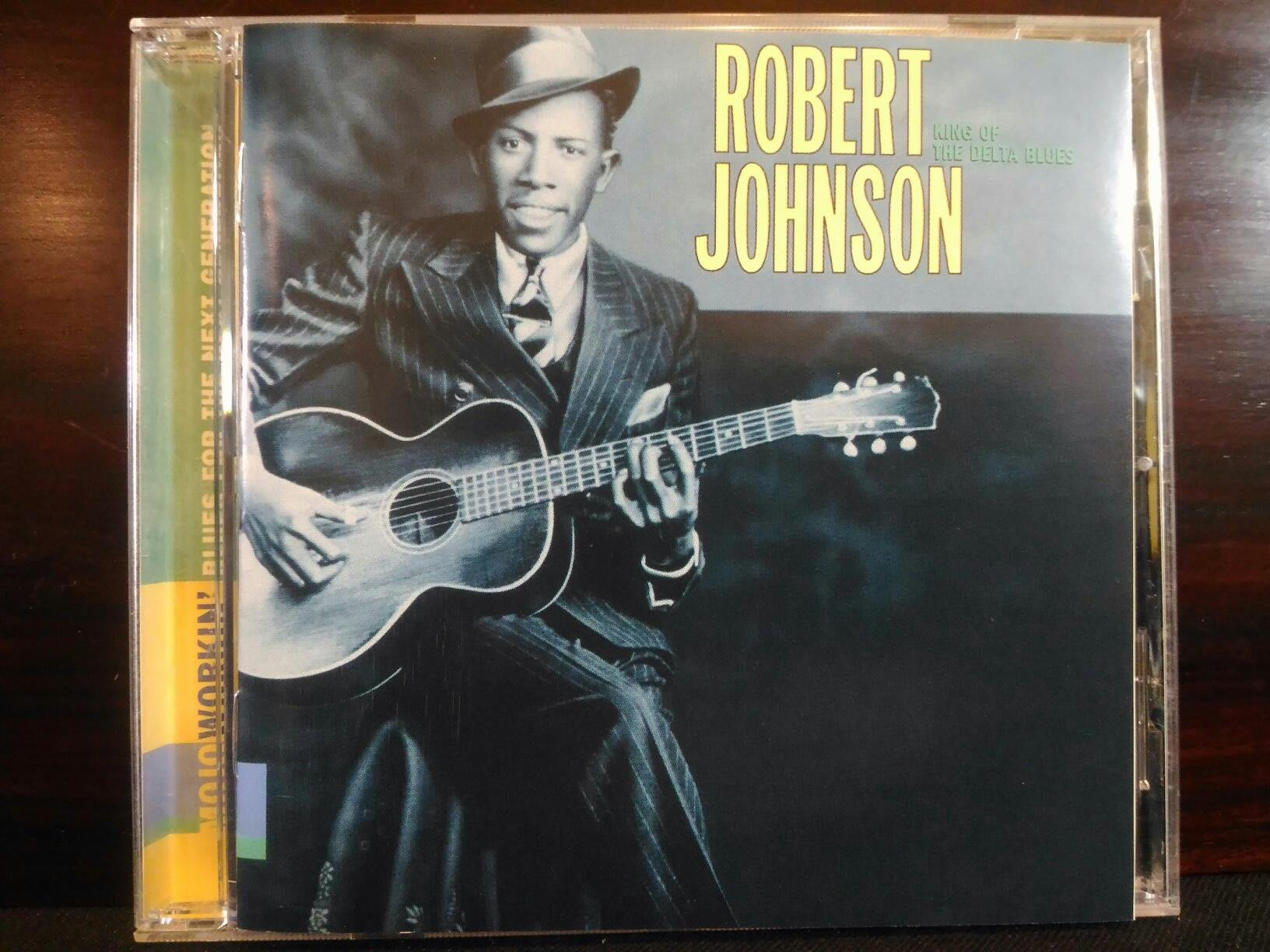 Robert Johnson ~ King Of The Delta Blues Singers 等二張專輯。