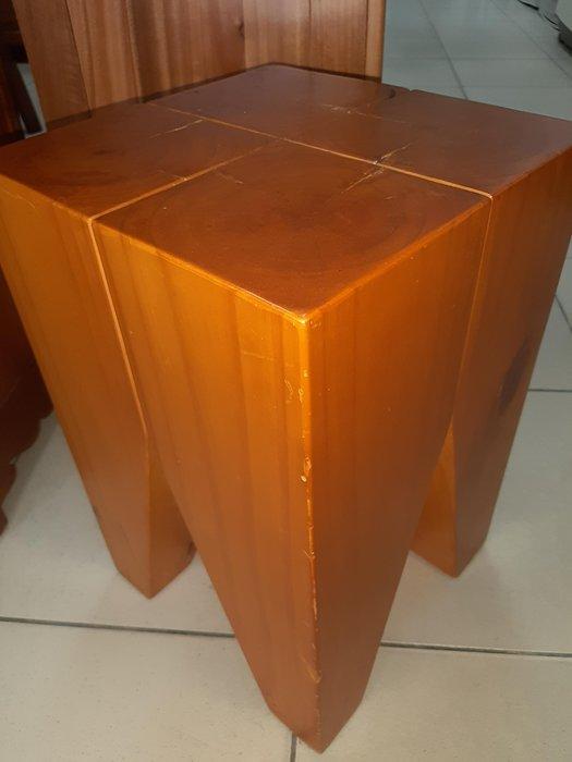 新竹二手家具買賣 分店來來-全實木 原木 板凳 椅~新竹搬家公司|竹北-新豐-竹南-頭份-2手-家電買賣-實木-傢俱-沙發-茶几-衣櫥-床架-床墊-冰箱洗-衣機