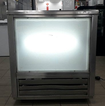 冠億冷凍家具行 [嚴選新中古機] 台灣製6桶豆花桶/冰水機/飲料機/110V