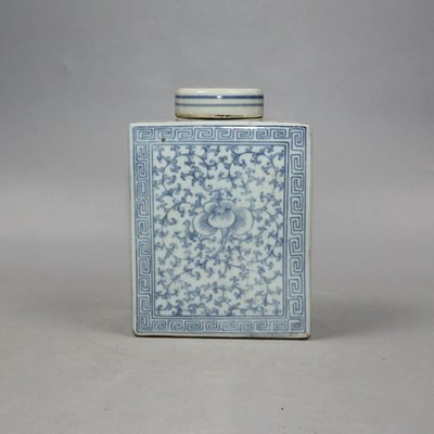 ㊣三顧茅廬㊣ 明代青花畫纏枝茶葉罐 方形