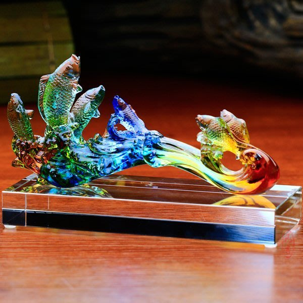 5Cgo【鴿樓】會員有優惠 16718744892 琉璃工藝品琉璃萬事如意擺件酒櫃裝飾品魚百順如意辦公桌擺飾 附禮盒