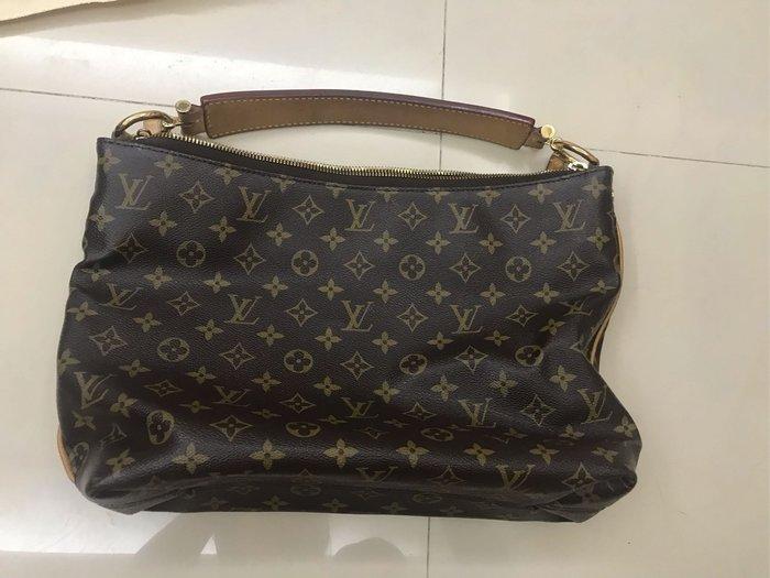 Lv側背包
