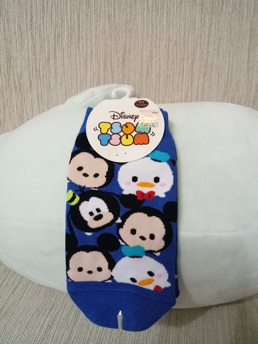 天使熊小鋪~廸士尼TSUM TSUM系列直版襪 中 共有3款 全新現貨