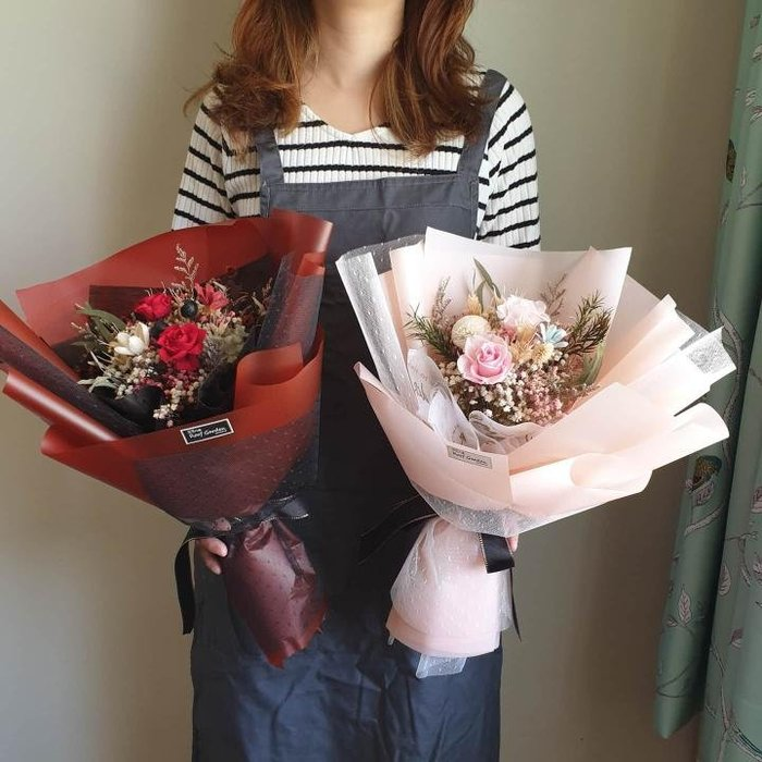 《Roof Garden Workshop》【預購】韓式永生玫瑰花束/情人節花禮/情人節禮物/情人節花束