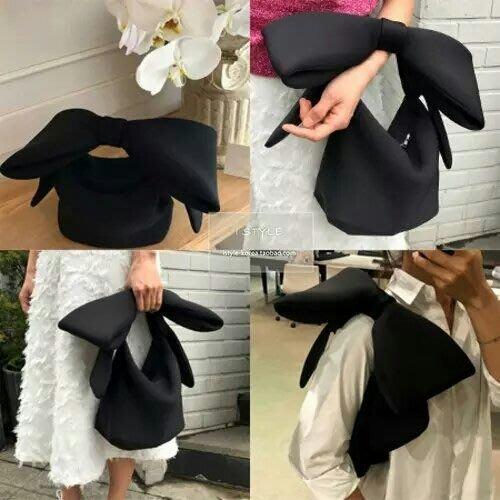 🎀敲可愛🎀韓國-超推薦【黑色大蝴蝶結】空氣棉手提包包😍😍正韓預購
