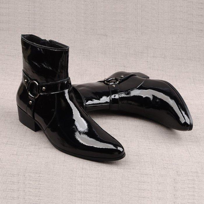 英倫亮漆皮潮男尖頭靴子秋冬夜店高幫真皮鞋拉鏈中筒靴男士馬丁靴
