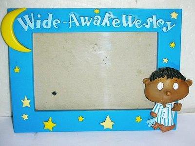 L.少見Wide-Awake Wesley黑人小孩/狗浮雕造型相框!!--提供給需要的人!/6房樂箱86/-P