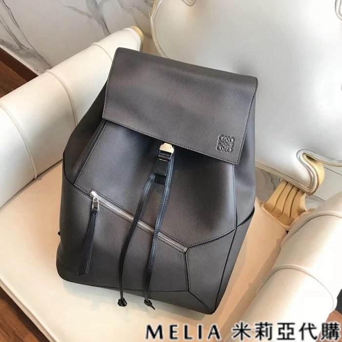 Melia 米莉亞代購 美國精品代購 LOEWE 羅意威 男式款 Backpack系列 雙肩包 後背包 灰色