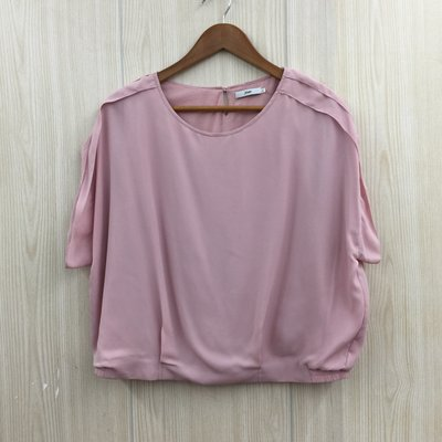 【愛莎&嵐】JOAN 女 粉色短袖上衣 / XL 1080319