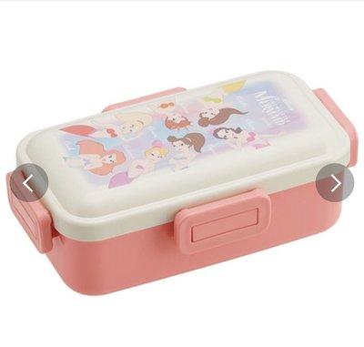 (現貨)日本製 聚丙烯 530ml 約18.6x10.8x6.2cm 四邊開合 密實 長方形餐盒 Disney Princess 公主系列 日本直送 全新品