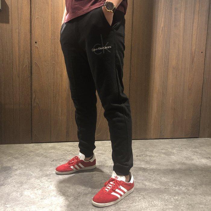美國百分百【全新真品】Calvin Klein 棉褲 CK 休閒褲 長褲 jogger 縮口束口 褲子 黑色 I719
