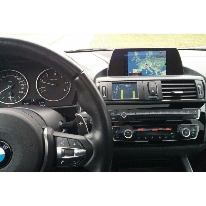 德國 AK Motion 電子 多功能 數位錶 車況 油溫 增壓 資訊 顯示幕 BMW 1系列 F22 專用