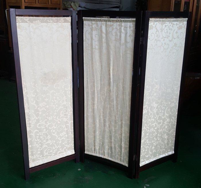 宏品二手家具 二手 家電 家具 B13101黃布3折屏風*收納櫃/衣櫃/高低櫃/置物櫃/電視櫃/矮櫃/平面櫃