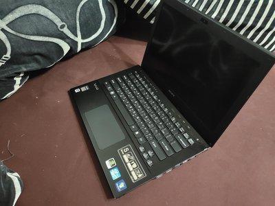SONY VAIO svs13aa12p  13.3吋  i7 獨顯 8g  SSD 筆電 二手 中古