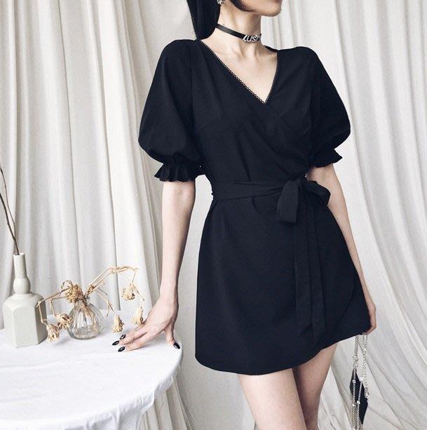 【黑店】訂製款赫本風黑色洋裝 泡泡袖顯瘦短洋裝 公主袖綁帶洋裝 復古V領小黑裙宮廷風顯瘦公主袖短洋裝VK122