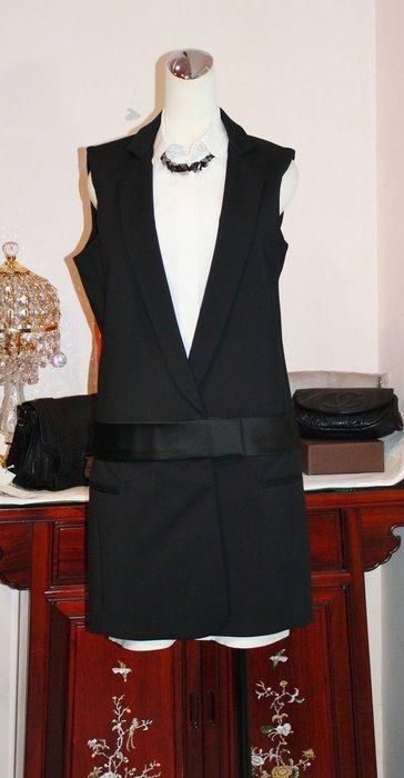 海洋工坊二手名牌旗艦店~Victoria V. Victoria Beckham 假兩件洋裝
