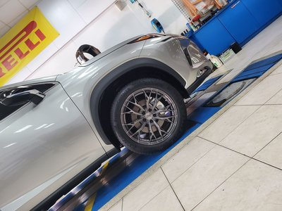 長鑫車業~高質感 ASGA ARF10 旋壓輕量化 灰底透明灰 5孔 112 19吋鋁圈 LEXUS NX200 實裝圖