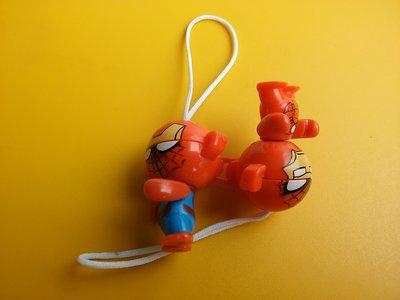 **M8-16** (裸裝無盒)2隻蜘蛛人連在一起的塑膠玩偶吊飾