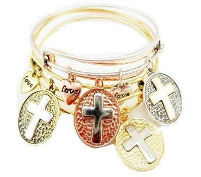 【小麼雜貨】歐美字母刻字 Love十字架愛心波西米亞多層次寬鬆 手環 手鐲 銀色(現貨)A011(400)下
