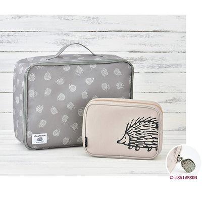 【寶貝日雜包】日本雜誌附錄Lisa Larson刺蝟圖案旅行收納包兩入組 多功能手提包 化妝包 萬用包 旅行包