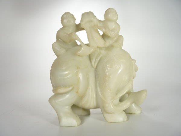 花見小路 832 和闐老羊脂白玉籽料 喜象 福象  擺件 收藏精品